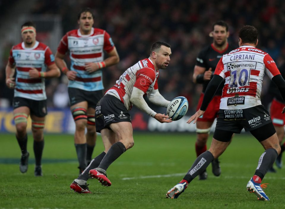 GLOUCESTER, ENGLAND - NOVEMBER 09:  Tom Marshall of Gloucester passes the ball during the Gallagher Premiership Rugby match between Gloucester Rugby and Saracens at Kingsholm on November 09, 2019 in Gloucester, England. (Photo by David Rogers/Getty Images)