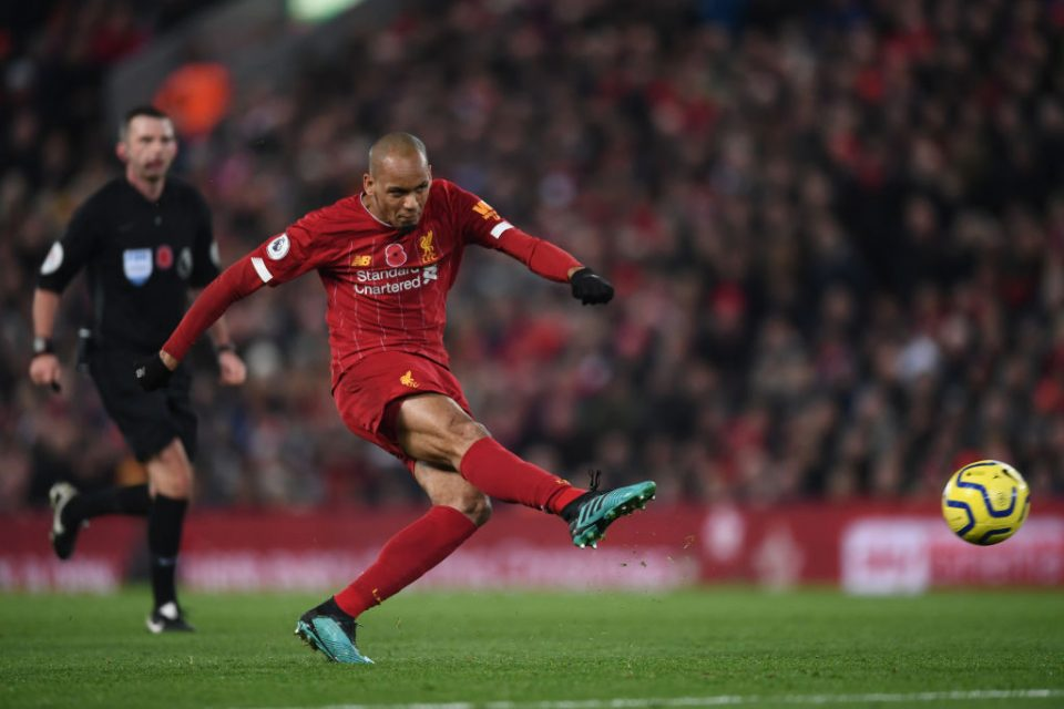 LIVERPOOL, ENGLAND - NOVEMBER 10: Fabinho of Liverpool shoots during the Premier League match between Liverpool FC and Manchester City at Anfield on November 10, 2019 in Liverpool, United Kingdom. (Photo by Laurence Griffiths/Getty Images)