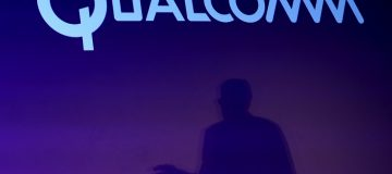 Qualcomm's upbeat profit forecast, results send shares higher