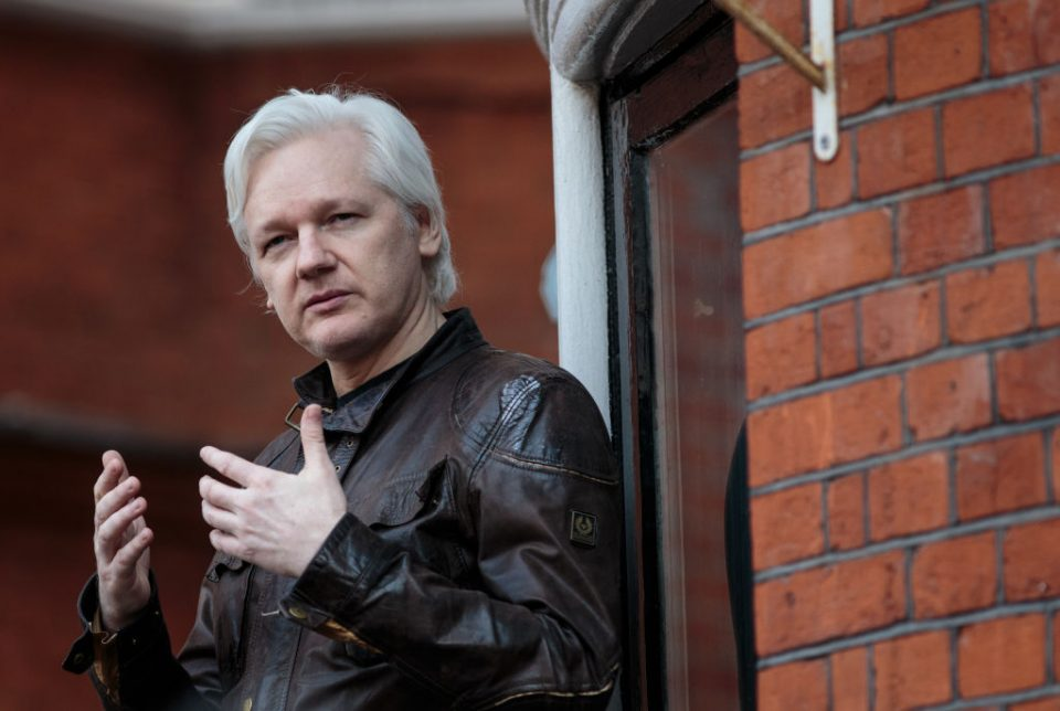 Swedish prosecutors drop Julian Assange rape case