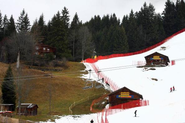 Negative interest rates help drive up demand for Swiss ski chalets