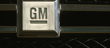 General Motors sues Fiat Chrysler over 'bribes'