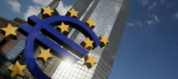 ECB: Record-low interest rates causing 'excessive risk-taking'