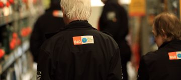 B&Q owner Kingfisher suffers slump in like-for-like sales