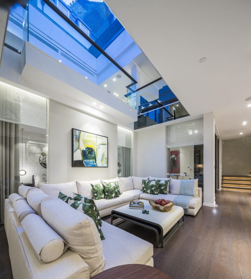 How this Notting Hill garage was transformed into a LA-style luxury home