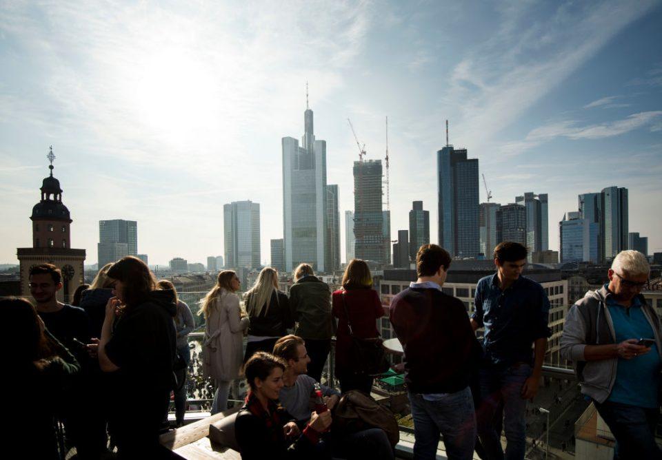 Moody's downgrades outlook for European banks amid slowdown