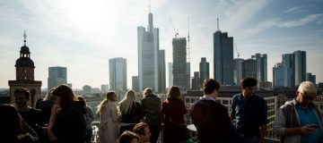 German investor morale unexpectedly climbs