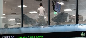 London Stock Exchange launches consultation on shorter trading hours