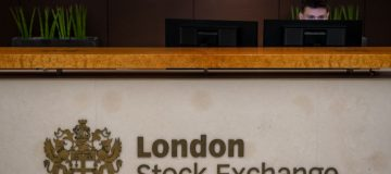 FTSE 100 falls with European investors nervous over trade tensions
