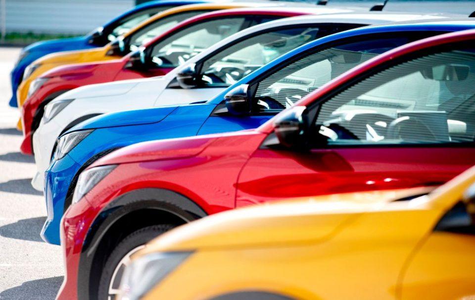 Fiat Chrysler and Peugeot maker PSA have agreed a $50bn merger