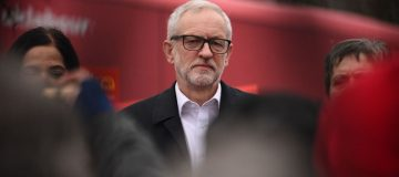 Election 2019: Jeremy Corbyn plays down leadership issues as challenge for Labour