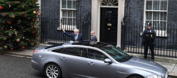 Election live: PM leaves No 10 to see Queen at Buckingham Palace