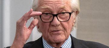 Former trade bosses question Boris Johnson's 2020 trade deal claims