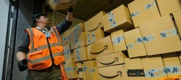 Amazon Anticipates Strong Holiday Shopping Season