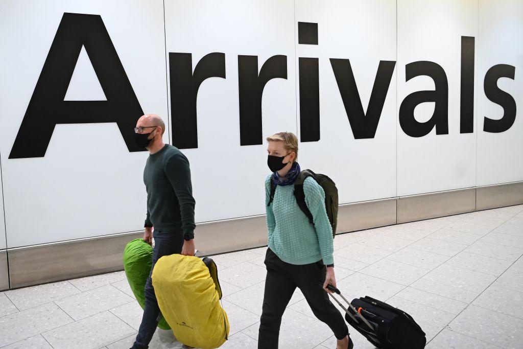 FTSE 100 stumbles as coronavirus spreads to the UK