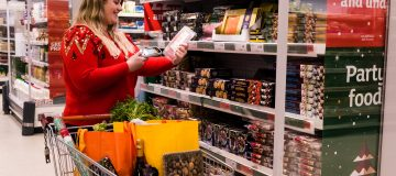 Sainsbury's sees sales slip over key Christmas period