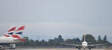 Suspected case of coronavirus on flight landing at Heathrow
