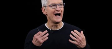 Apple receives bloody nose over Chinese censorship policies