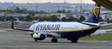 Ryanair today announced that passengers would be able to double their voluntary carbon offset contribution from €1 to €2 from April onwards.