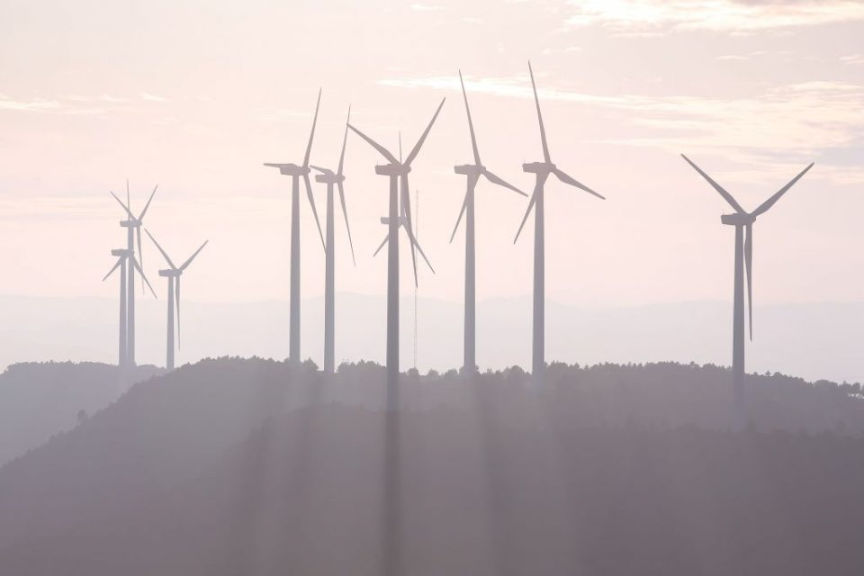 Traditionally, ESG investing has meant shunning oil and gas stocks for renewable energy