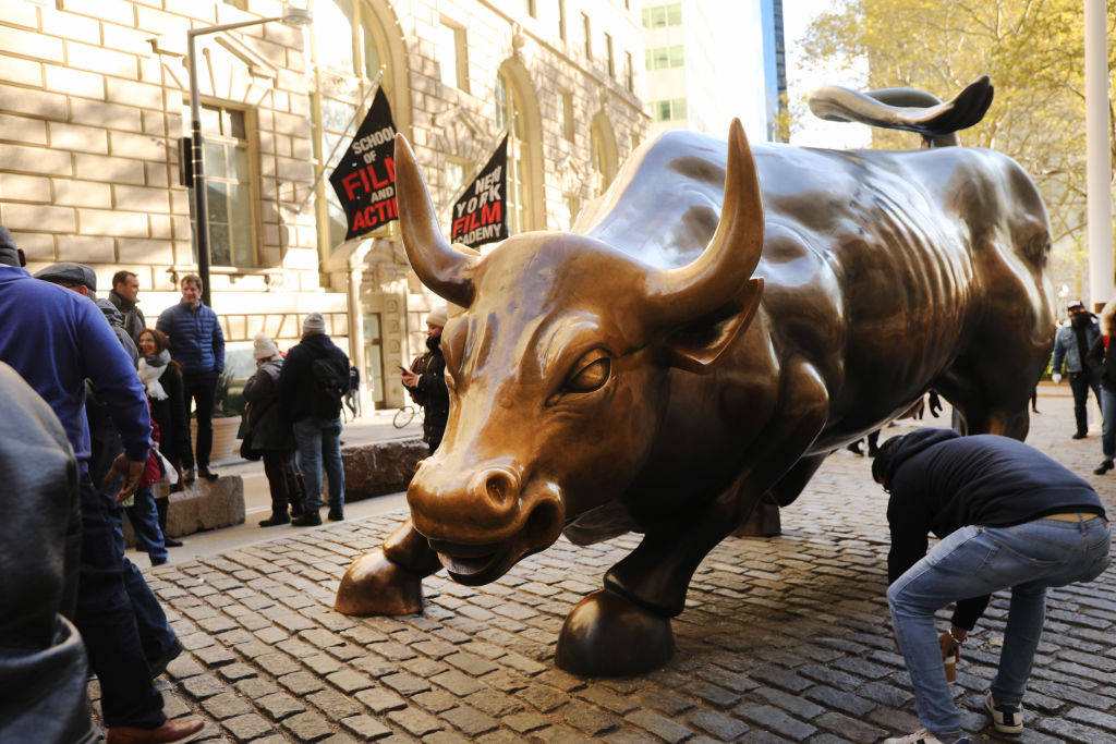 Famous Wall Street Charging Bull Statue To Move To Different Location,  Over Safety Concerns Involving Frequent Protest