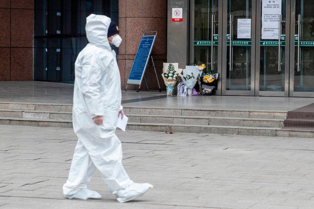 FTSE 100 falls as coronavirus fears re-emerge