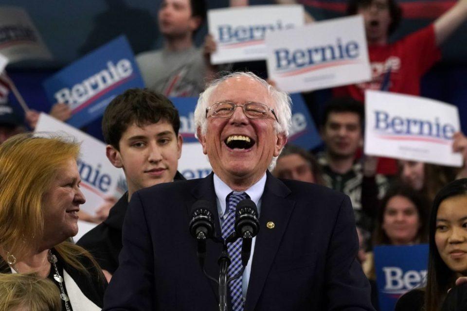 TOPSHOT-US-POLITICS-VOTE-DEMOCRATS-NEW-HAMPSHIRE-PRIMARY-SANDERS