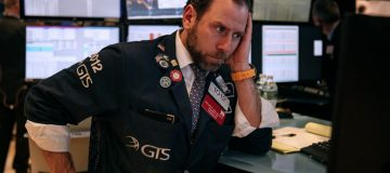US markets fall for seventh consecutive day as coronavirus fears increase