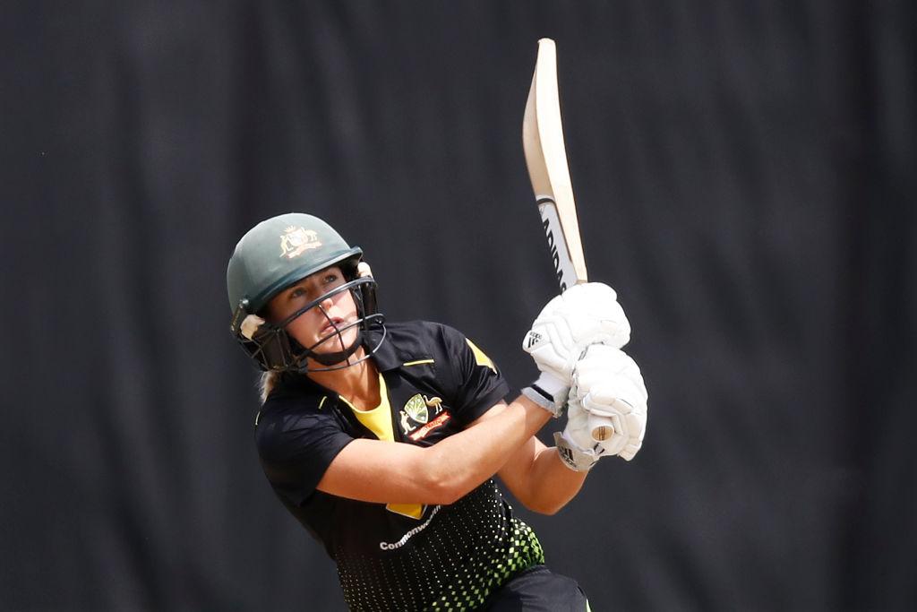 Women's T20 Tri-Series Final - Australia v India