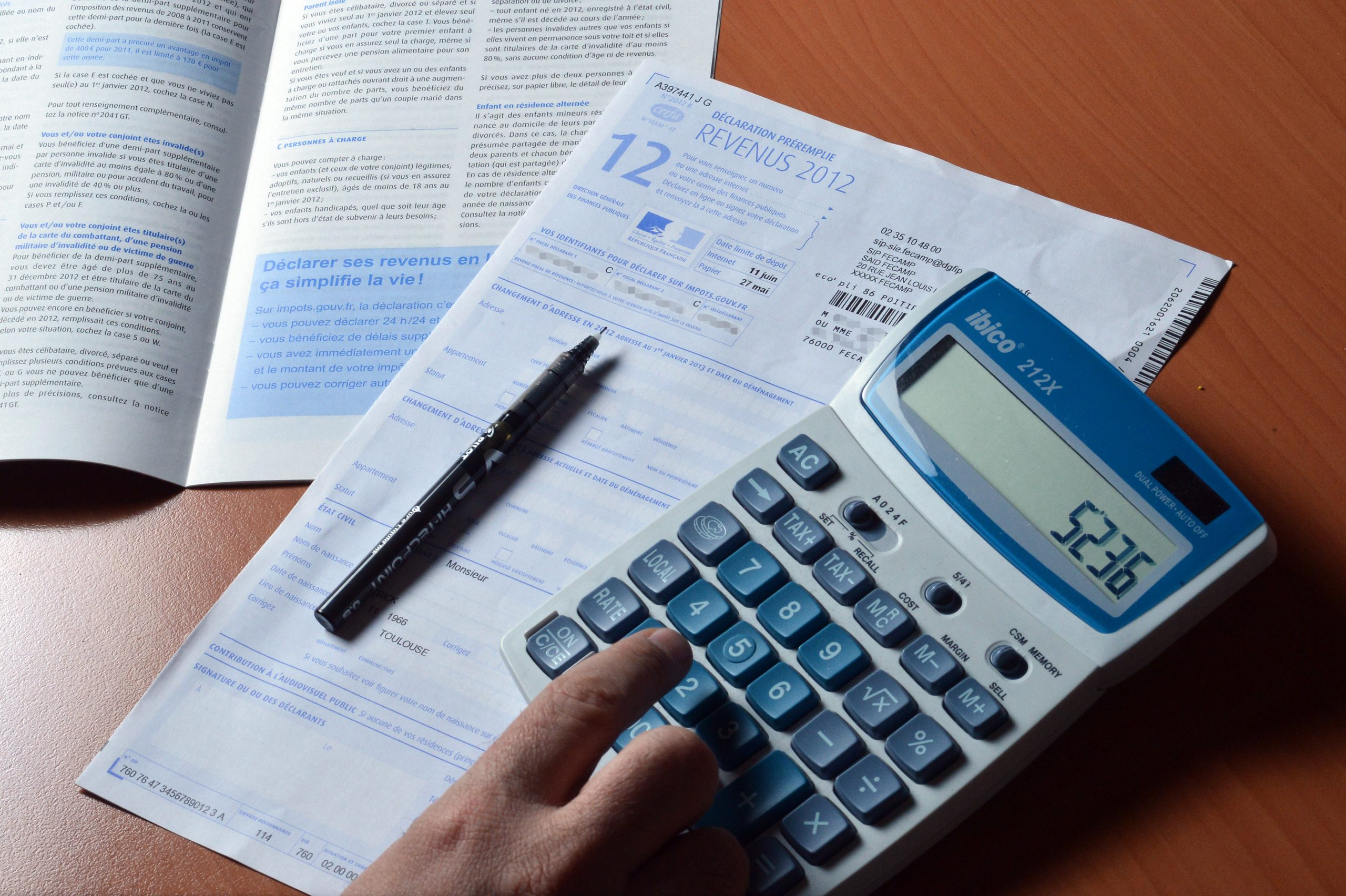 Record number of tax returns filed online, says HMRC