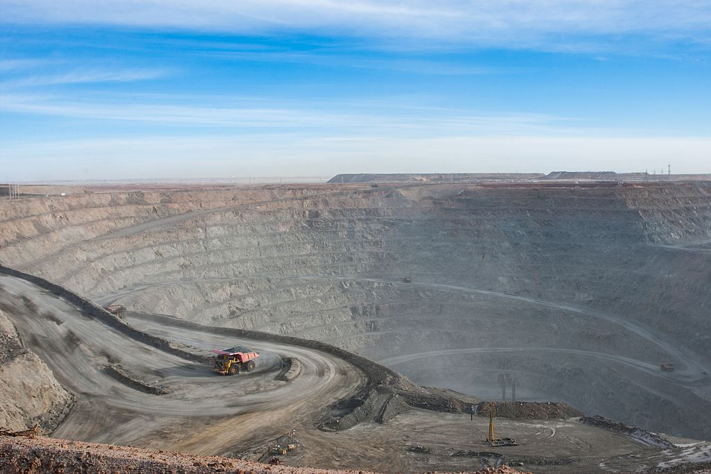 "Rio Tinto today returned a record final divided of $3.7bn as the Anglo-Australian mining giant thanked the strength of its ""world-class portfolio and balance sheet"" for helping it through the ""current volatile environment""."