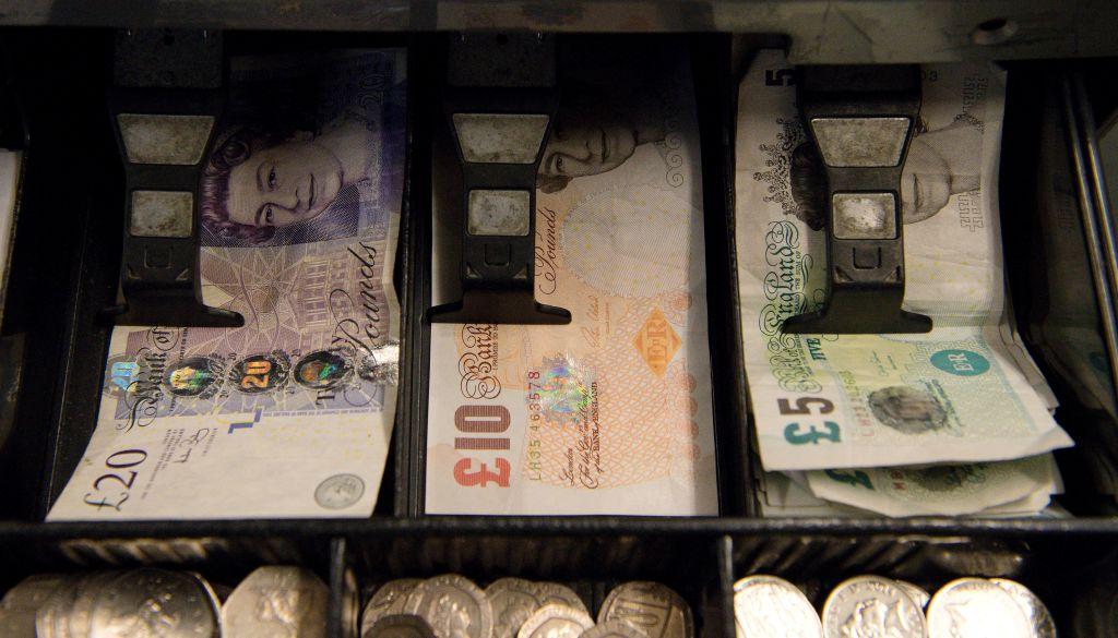 Banknote printer De La Rue set for review of finances - CityAM