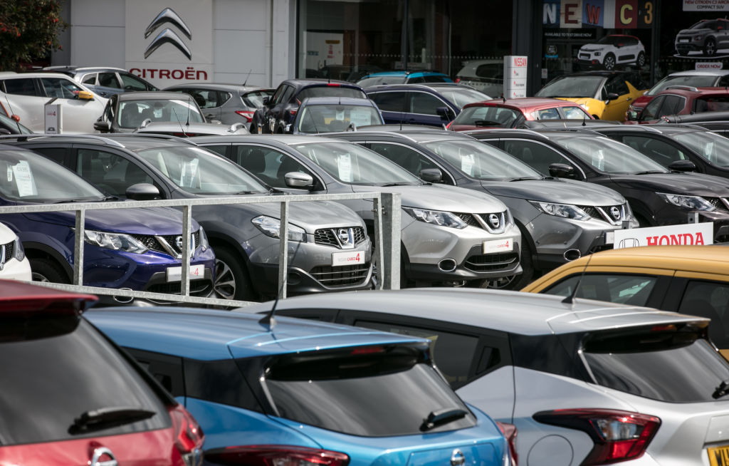 Car dealership firm Lookers today had its shares suspended from trading after failing to publish its final results due to an ongoing accounting probe.