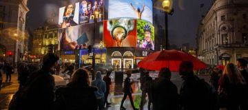 Ocean Outdoors has extended its contract with Piccadilly Lights
