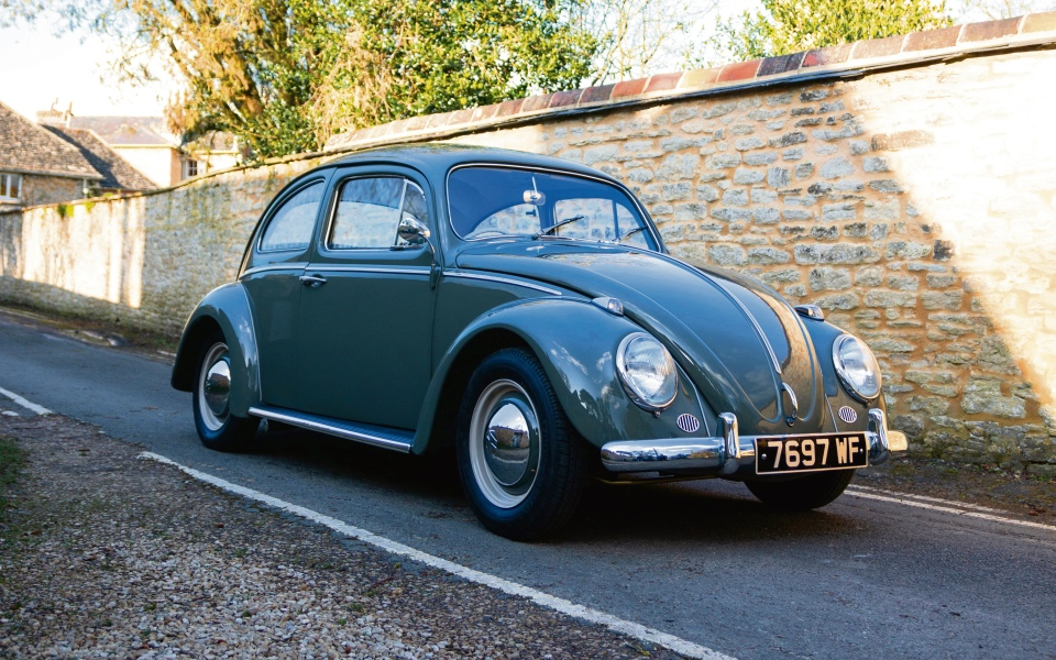 The Electrogenic Volkswagen Beetle converts the classic car to electric Tesla power - CityAM