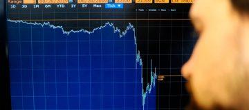 Coronavirus: Sterling plunges as investors flock to dollar safe haven