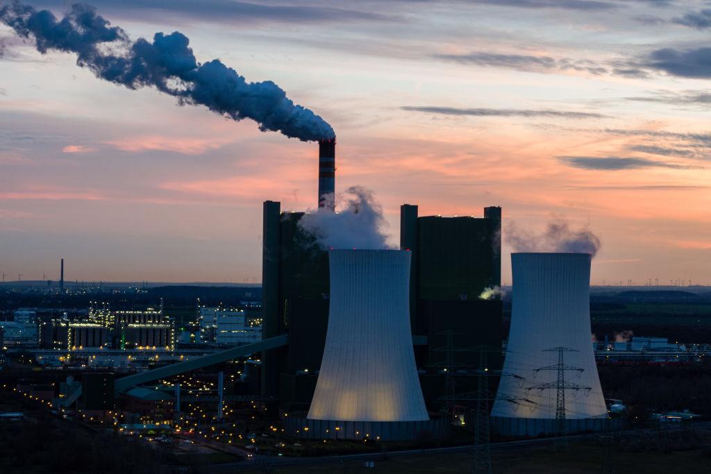 Harga karbon saat ini terlalu rendah untuk menghentikan perubahan iklim, kata penelitian baru