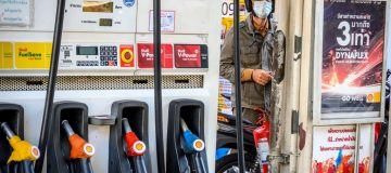Morrisons cuts fuel prices