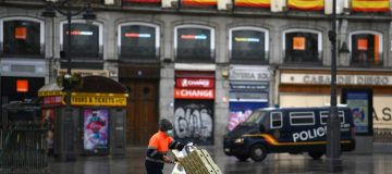 Spain's virus death toll rises by biggest daily amount