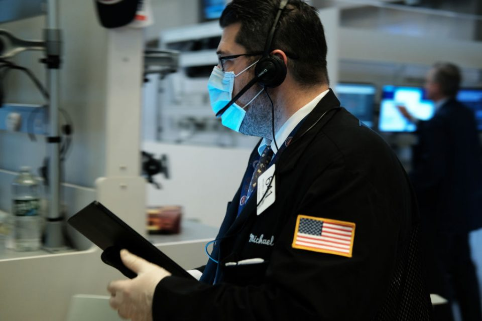 US stocks drop despite massive coronavirus stimulus from Federal Reserve