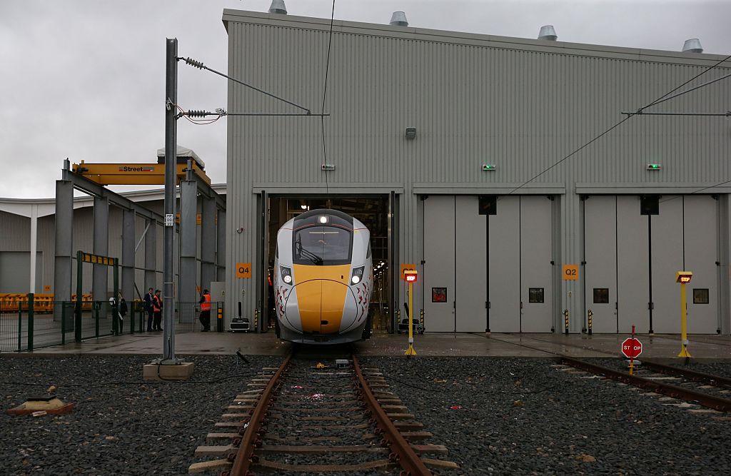 Las acciones se derrumban para la firma que cotiza en Londres detrás de las operaciones de trenes del sureste