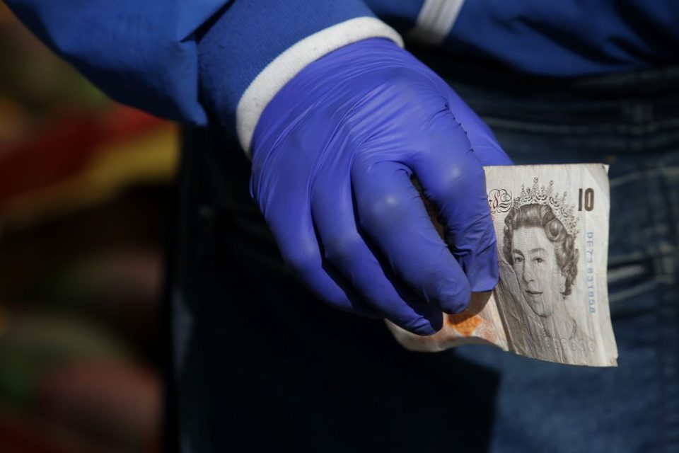 Pound crashes to 1980s lows amid coronavirus sell-off