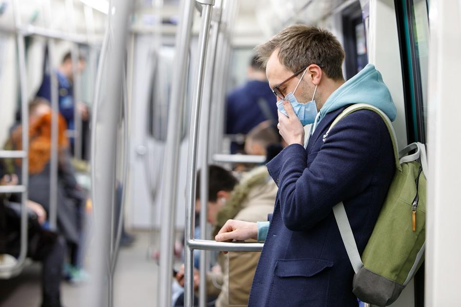 Man with coronavirus on train