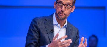 SWITZERLAND-POLITICS-ECONOMY-DIPLOMACY-WEF-DAVOS-INTERNET