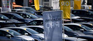 The chairman of French car giant Renault has said that the firm could seek loans of up to €5bn to protect it against damage from the coronavirus pandemic.
