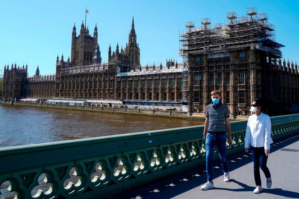 UK job vacancies have shrunk as the coronavirus lockdown began in March