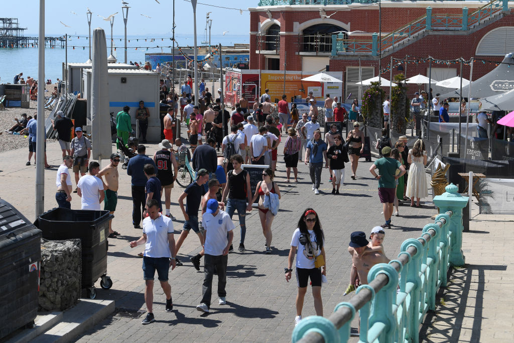 Retail footfall soars over bank holiday weekend - CityAM