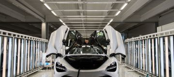 Supercar firm McLaren has arranged a new £150m financing facility with Bahrain's national bank, the lender announced today.