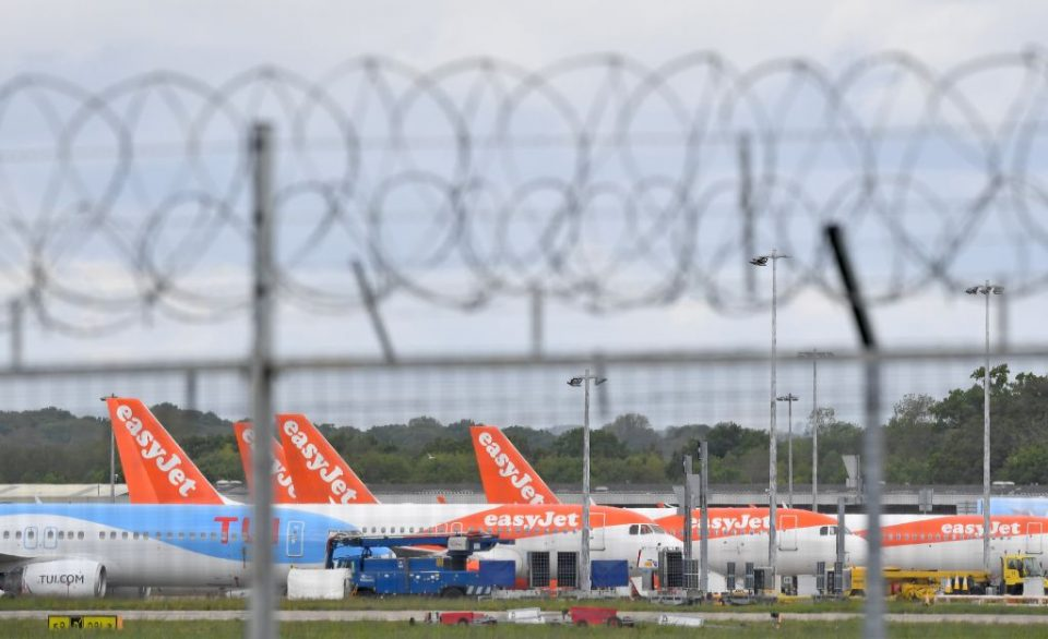 The UK's aviation sector is on the brink of a jobs crisis as severe as that which devastated the mining industry in the 1980s, a new report has found.