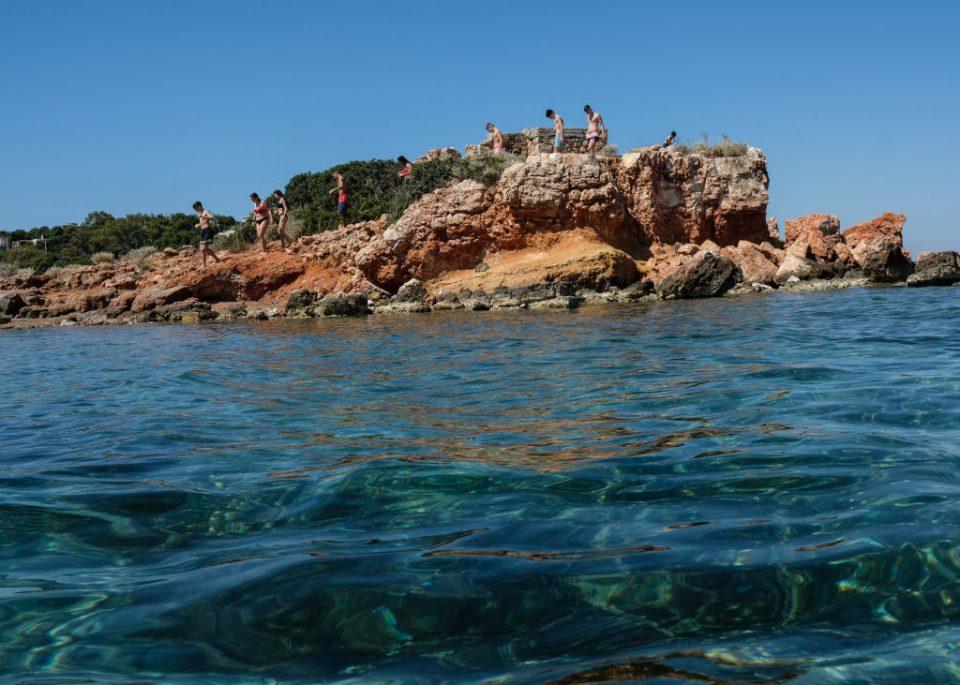Greece Exits Lockdown But Tourism Season Seems A Distant Prospect